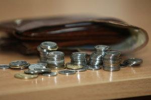 Украина сократила госдолг в долларе и гривне