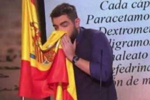 В Испании судят юмориста за осквернение флага
