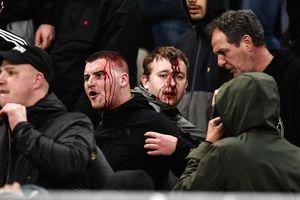 Драка с полицией, взрыв и пожар: что творилось на матче Лиги чемпионов в Греции