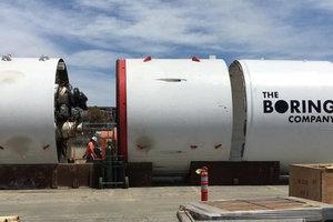 Маск не будет строить испытательный тоннель из-за иска от жителей престижных районов Лос-Анджелеса