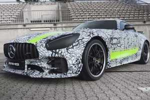 Купе Mercedes-AMG GT R Pro показали на видео