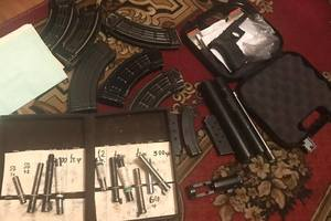 В Киеве задержали военного Нацгвардии, занимавшегося сбытом оружия