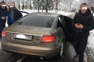 На Прикарпатье водитель машины на российских номерах подрался с ветераном АТО