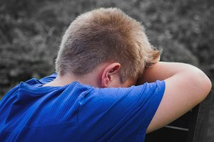 Ногой по голове: в Подмосковье спортивный тренер жестоко наказал ученика