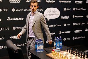 Магнус Карлсен выиграл вторую партию тай-брейка в матче за звание чемпиона мира по шахматам