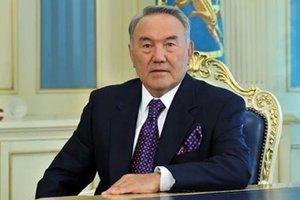Назарбаев отправил недовольных жизнью казахов на кладбище