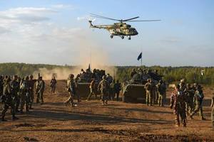 700 боевиков и 40 единиц техники: Тымчук сообщил об усилении врага на Донбассе