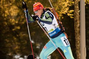 Украинка Абрамова стала шестой в гонке на первом этапе Кубка IBU и получила цветы