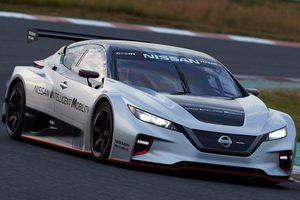 Гоночный электромобиль Nissan с двумя двигателями представили в Токио