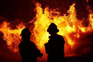 В Днепропетровской области масштабный пожар в жилом доме унес жизнь 60-летнего мужчины
