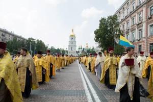 Порошенко назвал дату Объединительного собора украинских церквей
