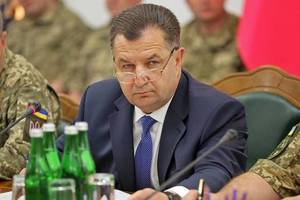 Военное положение в Украине могут продлить: Полторак назвал условие