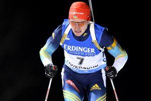 Сергей Семенов вошел в шестерку лучших по итогам индивидуальной гонки на Кубке мира по биатлону
