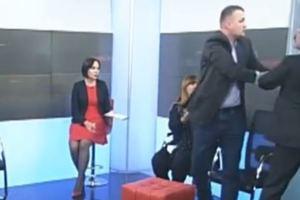 Нардепы Барна и Левченко подрались в прямом эфире: появилось видео