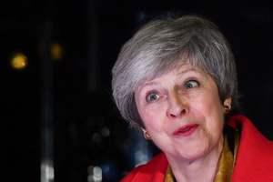 Мэй призвали уйти в отставку из-за Brexit - СМИ