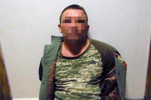 В киевском хостеле мужчина вонзил постояльцу нож в грудь
