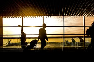 Летевший в Москву самолет вынужденно сел в Ростове из-за смерти пассажира
