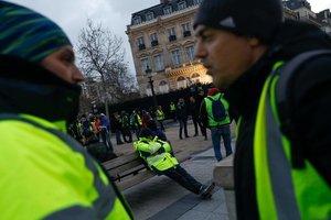 """Акция """"желтых жилетов"""": количество раненых резко выросло"""