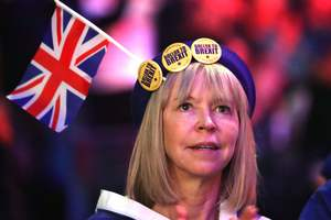 В Лондоне тысячи людей вышли на митинг за Brexit