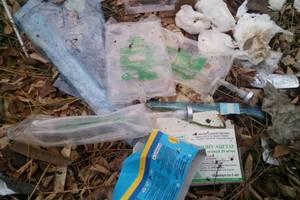 В Запорожье обнаружили нелегальную свалку медицинских отходов: опубликованы фото