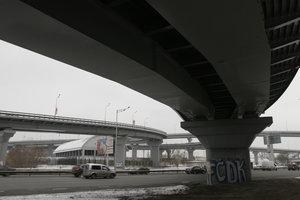 Движение на Южном мосту в Киеве ограничат из-за ремонта