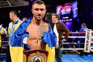Василию Ломаченко с извинениями вручили пояс The Ring