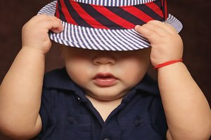 Мальчик с необычными глазами стал звездой интернета: невероятные фото