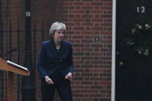 Тереза Мэй готова к отставке: премьер Британии предупредила о последствиях