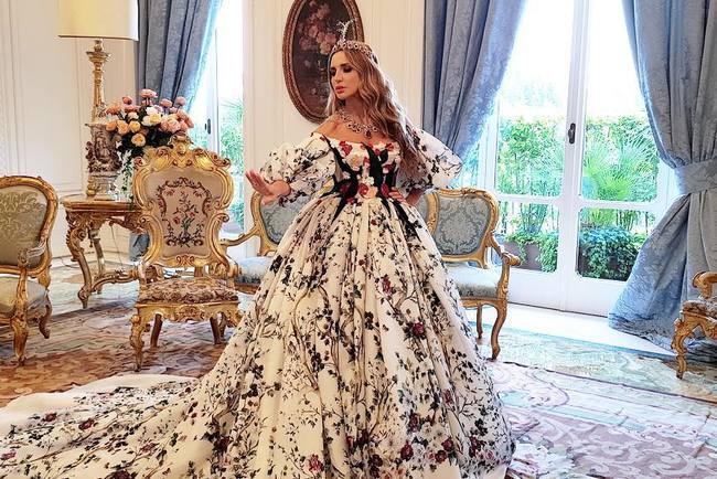 Телеведущая Оксана Марченко стала моделью для фотокниги Dolce&Gabbana