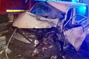 Возле Львова столкнулись военный грузовик и микроавтобус: семеро пострадавших