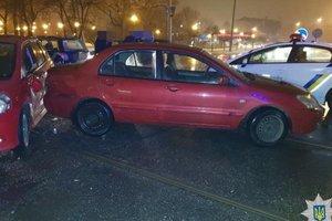 ДТП в Харькове: столкнулись четыре автомобиля, есть пострадавшая