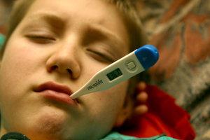 Врач рассказал, когда ждать очередной вспышки гриппа и ОРВИ среди детей