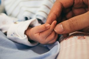 В хмельницком супермаркете женщина родила мальчика