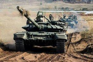 """""""Искандеры"""" и сотни танков у границы: зачем Россия пугает наступлением на Украину"""