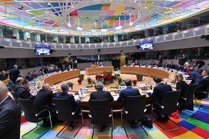 Россия нарушает Минские соглашения, санкции остаются: решение ЕС