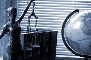 Законопроект об адвокатуре следует немедленно принять – спецпредставитель генсека Совета Европы