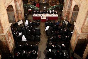 Объединительный собор украинских православных церквей продолжается уже три часа: появилось фото