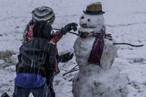 Мороз и местами снег: синоптики рассказали, какой сегодня будет погода