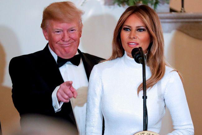 Мелания Трамп выбрала обтягивающее платье для выхода всвет