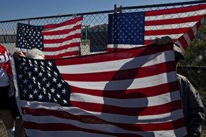Белый дом готовится к приостановке работы правительства США из-за споров о границе