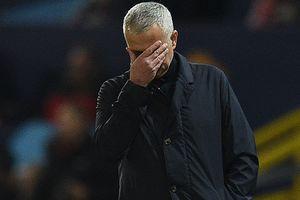 """Уже не особенный: """"Манчестер Юнайтед"""" уволил Жозе Моуринью"""