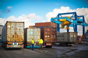 Эмбарго на российские товары: эксперт рассказал о влиянии запрета на экономику РФ