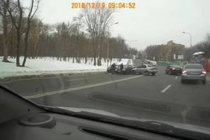 Тройное ДТП в Харькове: один человек оказался в больнице