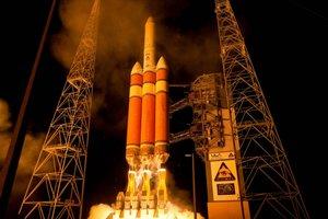 Запуск тяжелой ракеты Delta IV Heavy с секретным спутником США: онлайн трансляция