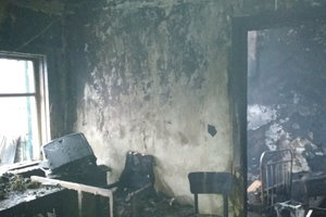 В Харьковской области сгорел жилой дом: погибла пожилая женщина