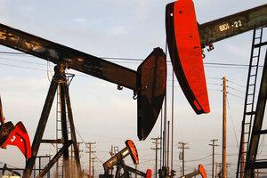"""Цены на нефть пробили новое """"дно"""""""