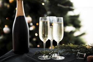 Как выбрать вкусное шампанское на Новый год