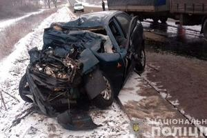 Смертельное ДТП в Донецкой области: столкнулись грузовик и легковушка
