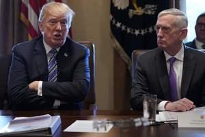 """Трамп против """"Бешеного пса"""": все об отставке главы Пентагона и его позиции по Украине"""