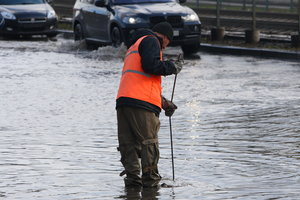 В Киеве реконструируют канализацию, отводящую сточные воды с Оболони